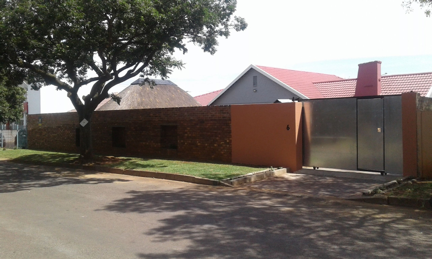 Acacia Guesthouse, Ekurhuleni