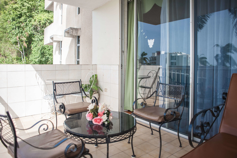 Ocean View Suit-Montego Bay Club Resort,