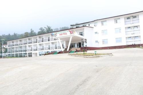 Parliamentarian Flats Hotel Buea, Fako
