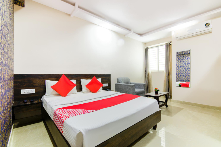 OYO 10136 Hotel Central Suites, Bangalore