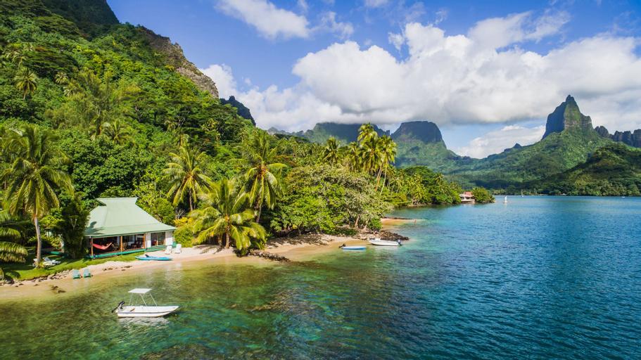 Robinson's Cove Villas,