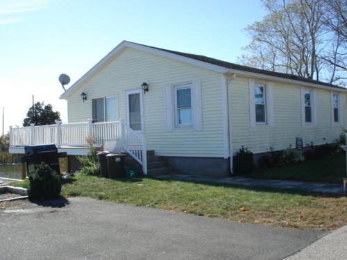 W037 Krupinski Home, Washington
