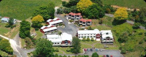 Kiwipaka Waitomo, Waitomo