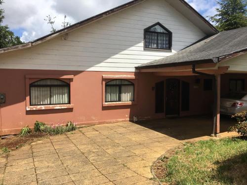 Habitacion Privada en Acogedora Casa en Bosque Nativo, Valdivia