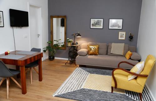 Mini Flathotel1, Pécs