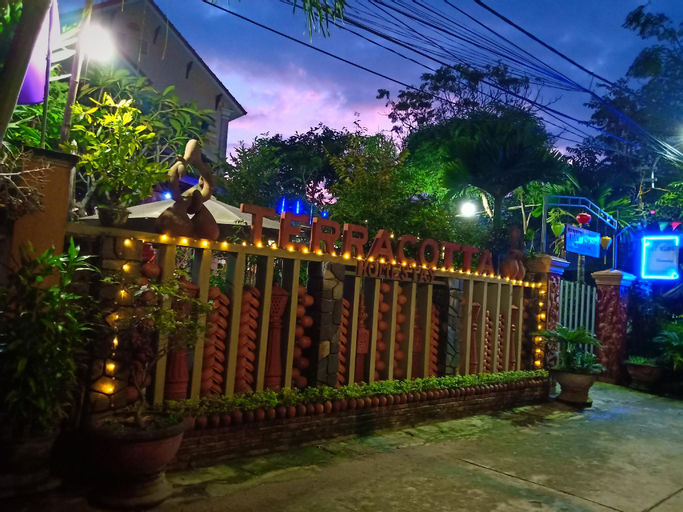 TERRA COTTA HOMESTAY AND HOSTEL, Hội An