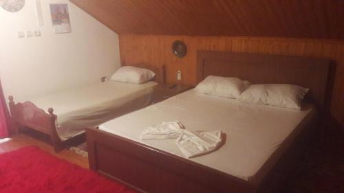 Guest House Cfaka Late, Gjirokastrës