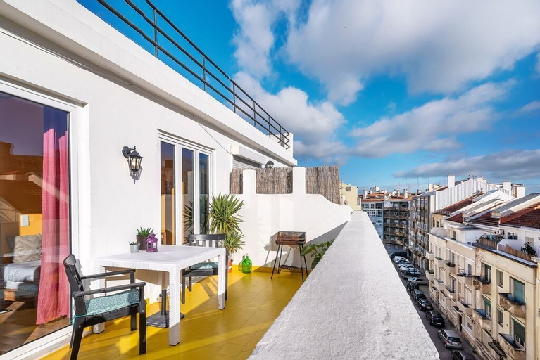Sunny, Colorful & Comfortable, Lisboa
