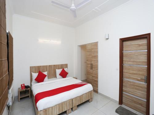OYO 9612 Hotel Royal Ramiro, Gurgaon
