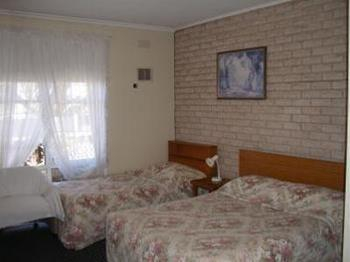 Colonial Lodge Motel Geelong, Geelong