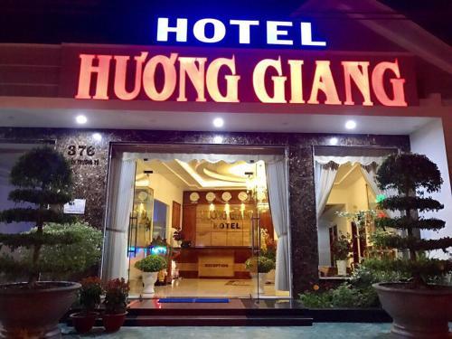 Huong Giang Hotel, La Gi