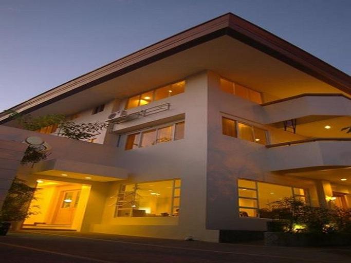 Casa Pura Hotel, Quezon City