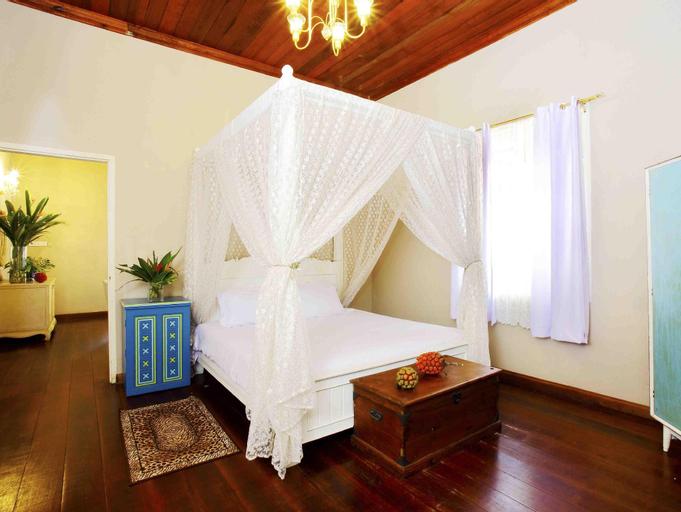 Capital O 90224 Villa Danialla Beach Resort, Bachok