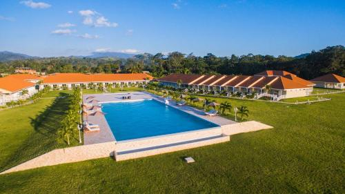 Bella Terra Laguna Azul Resort & Spa, San Martín