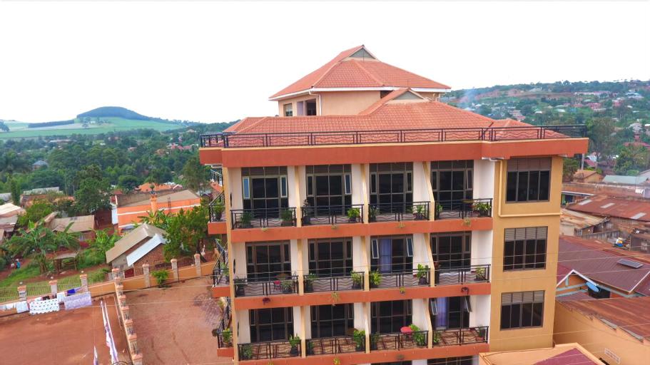 BK Castella Hotel, Buikwe