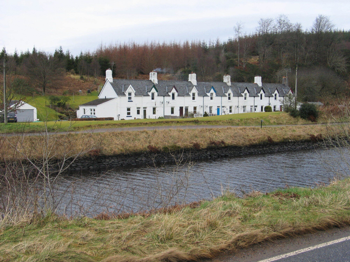 Crinan Canal Cottage, Argyll and Bute
