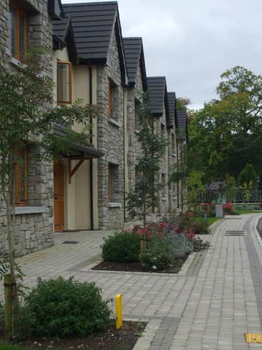 Lough Rynn Castle Self Catering (Official),