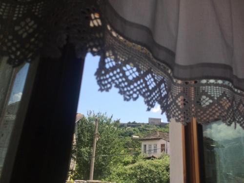 Sokaku i te Marreve GuestHouse, Gjirokastrës