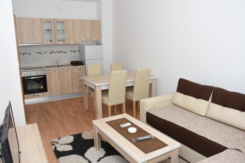 Lux Apartman,