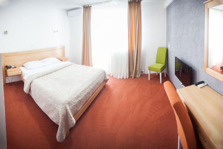 Serdar Small Hotel & Restaurant,