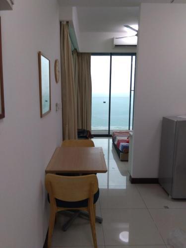 dwharf hotel, Port Dickson