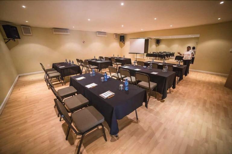 Acacia Guesthouse, Dr Kenneth Kaunda