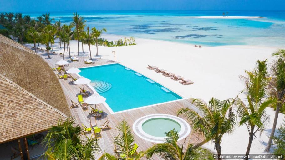 Innahura Maldives Resort,