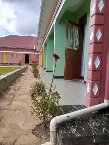 Islands Peak Motel, Bujumba