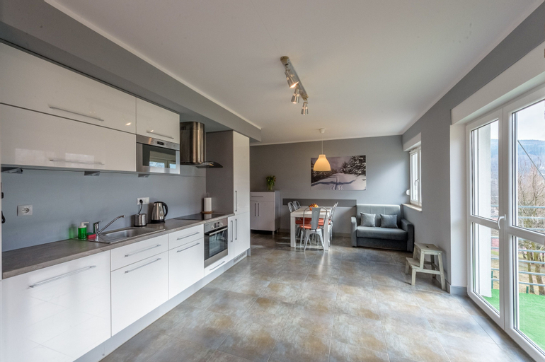 RentPlanet - Apartament Cicha 4, Lubań