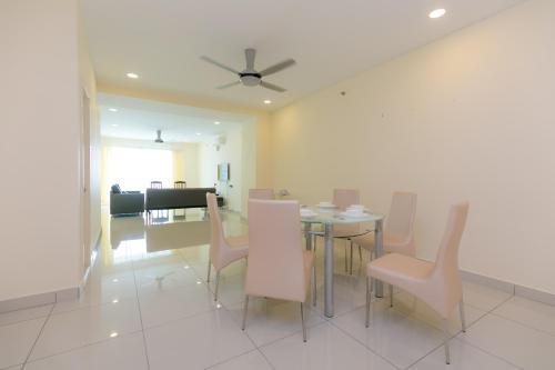 Mansion One, 3 Bedrooms SuperCondo, Penang Island