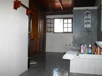 Florence Penthouse Bed & Breakfast, Port-au-Prince