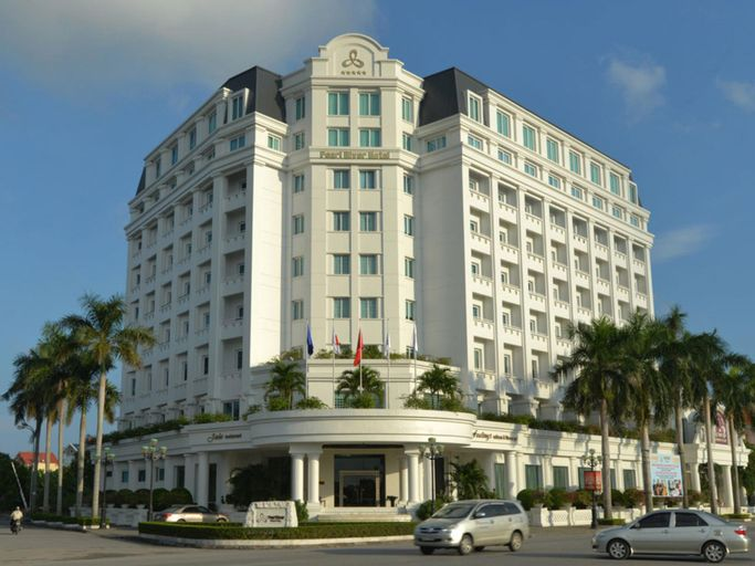 Pearl River Hotel, Kiến Thụy