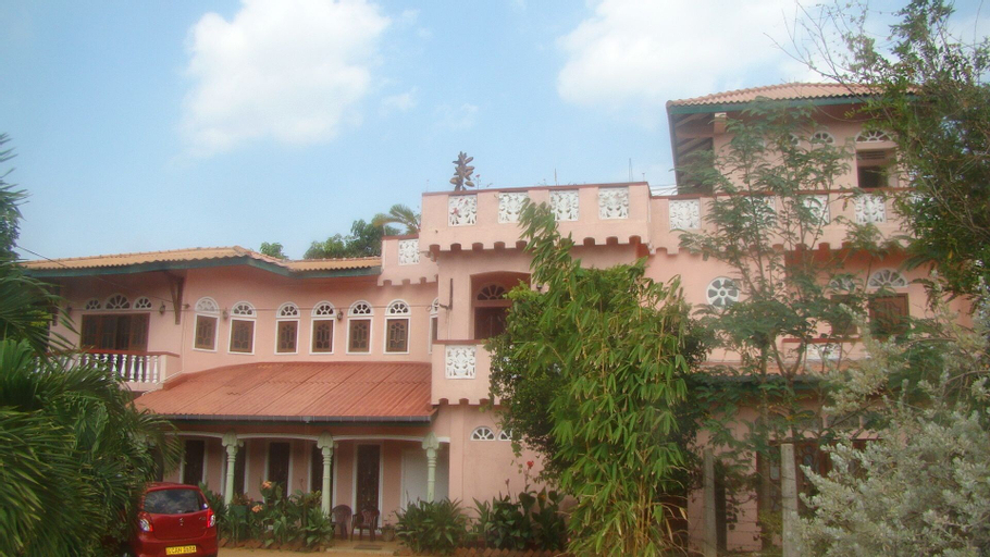 Rajadhani Rest, N. Palatha Central