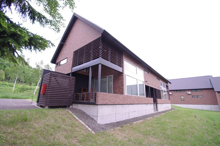 Niseko Hirafu Izumikyo Rental Cottage, Kutchan