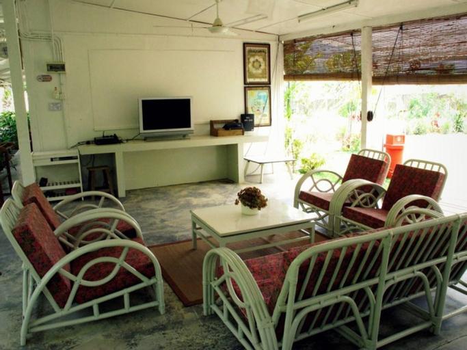 Moonriver Lodge, Gua Musang