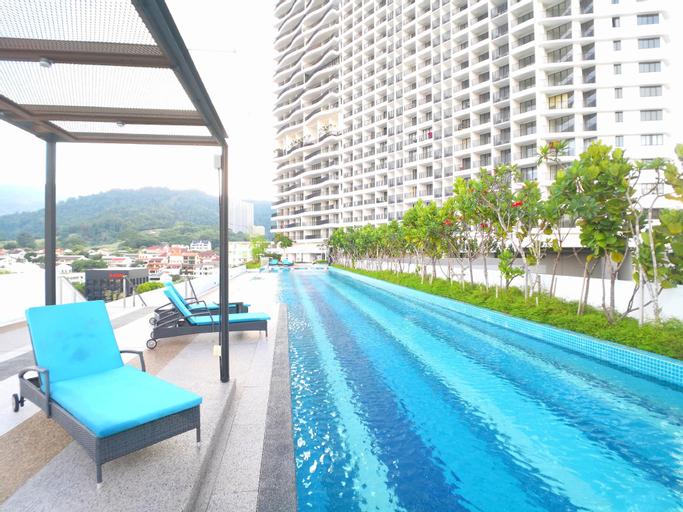 Gurney Seaview Condo With Balcony, Pulau Penang