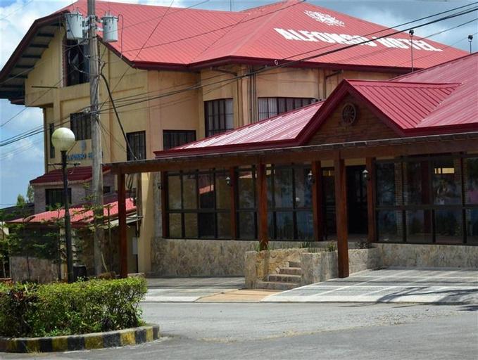 Alfonso Hotel, Alfonso