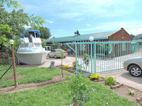 luna accommodation, Kariba