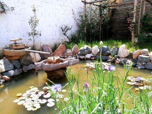 Dali Rose Flower Inn, Dali Bai
