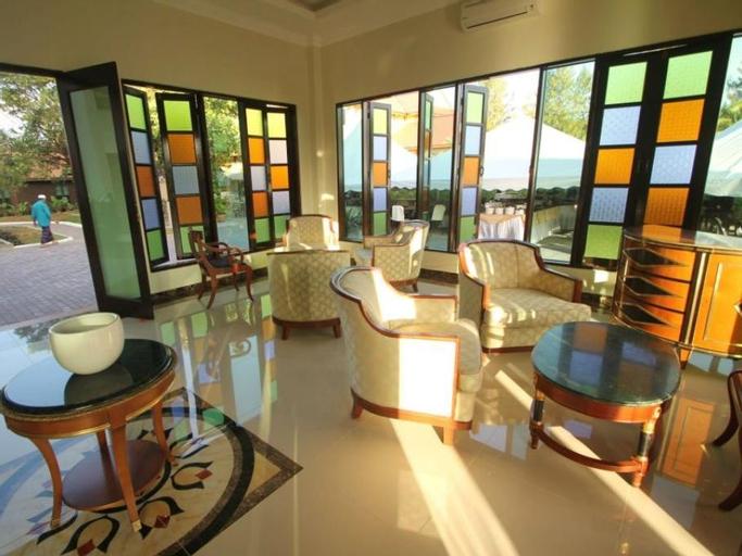 The Manor Beach Resort, Besut