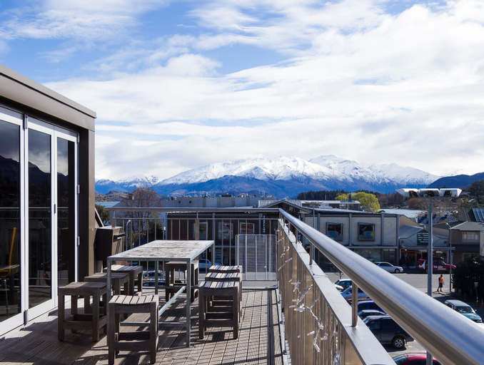 Base Backpackers Wanaka - Hostel, Queenstown-Lakes