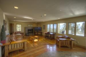 Incline Village - 8 Br Home, Private Hot Tub, 2 Master Suites - Lta 8151, Washoe