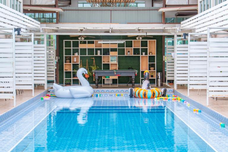 Villa Pool Lay Resort Pattaya, Pattaya