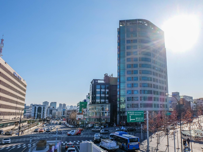 Kangs Duplex at Seoul Station, Jongro