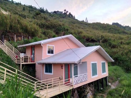 B-Inspired Abode Mountain Home, Ranau