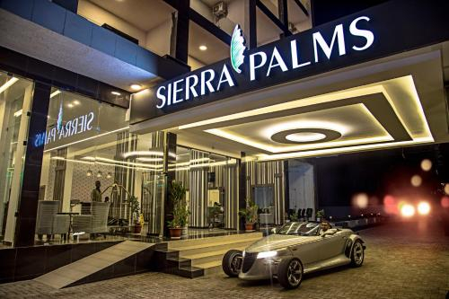 Sierra Palms Resort, Western Urban