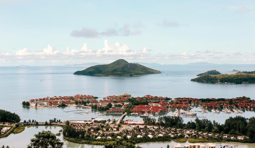 Beachcomber Seychelles,