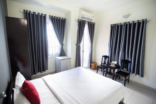 Hoang Trieu Hotel, Huế