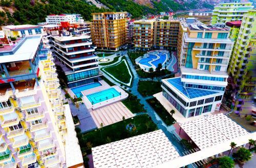 Rafaelo Resort, Lezhës