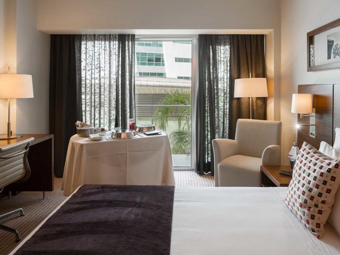 Lagoas Park Hotel, Oeiras